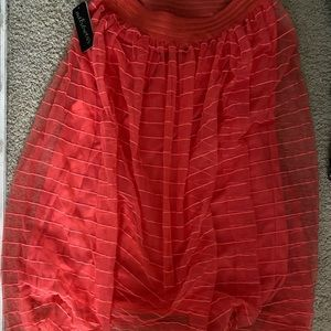 NWT Metro Wear skirt